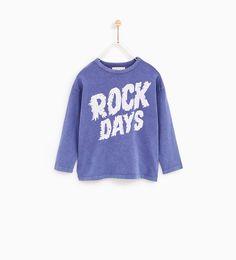 Imagen 1 de CAMISETA ROCK DAYS de Zara