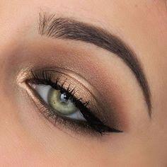 Eyeshadow using the Original Chocolate Bar Eyeshadow using the Original Chocolate Bar palette! Eyeshadow using the Original Chocolate Bar palette! – Das schönste Make-up Eyeshadow using the toofaced Original Chocolate B - Makeup Hacks, Makeup Goals, Makeup Inspo, Makeup Ideas, Makeup Geek, 80s Makeup, Witch Makeup, Eyeliner Hacks, Makeup 2018