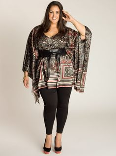 Luxurious and lightweight, this beautiful printed tunic embraces the relaxed