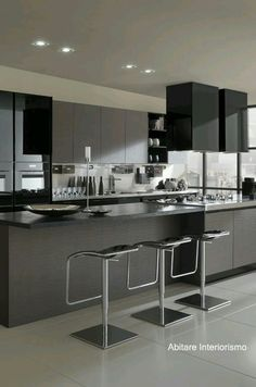 Trying to find luxury kitchen design motivation? Look into our top 63 preferred instances of seriously elegant luxury kitchens as well as special. Grey Kitchens, Luxury Kitchens, Home Kitchens, Kitchen Interior, Home Interior Design, Kitchen Decor, Kitchen Ideas, Decorating Kitchen, Kitchen Rustic