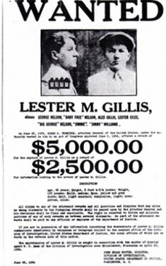 Wanted Poster for Baby Face Nelson. Baby Face Nelson was part of the Dillinger gang until John Dillinger was killed. Boy Photo Shoot, Girl Photo Shoots, Baby Girl Photos, Baby Pictures, Vintage Pictures, Real Gangster, Mafia Gangster, Baby Face Nelson, New Baby Quotes
