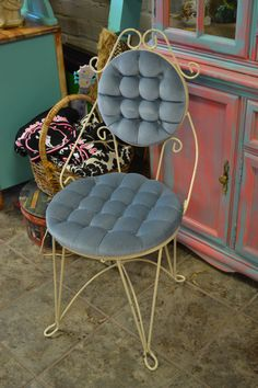 Vintage Hollywood Regency Vanity Chair by HaveYourCakeToo on Etsy, $45.00, here is one in blue.... not sure I really like that color either