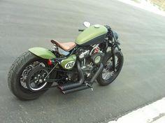 Harley Davidson 883 Iron, Cafe Racer style! ... chulada!