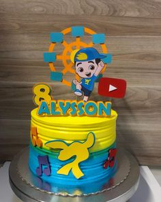 Bolo Minion, Ballerina Cakes, Cupcakes, Biscuits, Cake Decorating, Birthday Cake, Party, Desserts, Food