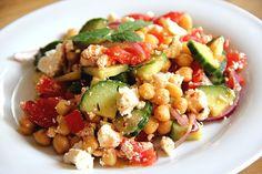 Marokkanischer warmer Kichererbsensalat, ein gutes Rezept aus der Kategorie Gemüse. Bewertungen: 5. Durchschnitt: Ø 3,7.