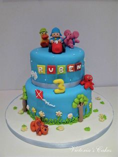 Victoria's Cakes: Pastel de cumpleaños POCOYO Superhero Cake, Fondant Baby, 4th Birthday, Birthday Cakes, Sugar Art, Diy Party, Beautiful Cakes, First Birthdays, Cookies