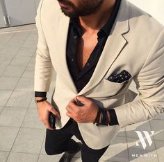 menwithclass: Great photo of our dear friend - Herren- und Damenmode - Kleidung Sharp Dressed Man, Well Dressed, Mens Fashion Suits, Mens Suits, Blazer Outfits, Casual Outfits, Fashion Mode, Fashion Outfits, Stylish Men