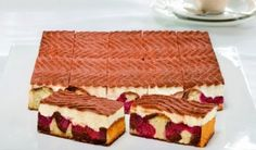 Prajitura cu ciocolata si visine German Bakery, Gatos Cat, Cake Bars, Black Forest, Scones, Tiramisu, Brownies, Sweets, Cream