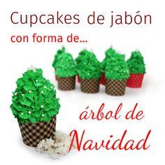 Hacer cupcake de jabón con forma de árbol de Navidad: Entra y aprende a preparar esta original manualidad de Navidad con la que sorprenderéis a todo el mundo.