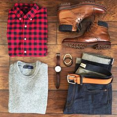 A Valentine's Day outfit idea for a casual date. Selvedge denim (or your favorite dark denim) boots and buffalo plaid or a red plaid button up under a heather gray sweater. Warm and cool at the same time this look is on point! Jeans: @gap Japanese selvedge Boots: @johnstonmurphy Shirt: @jcrew Sweater: @gap Belt: @levis Watch: @fossil Bracelets: @taft_ by chrismehan