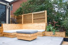 Outdoor Patio Bench flagstone patio off deck. Flagstone Patio, Brick Patios, Diy Patio, Backyard Patio, Patio Ideas, Screened Patio, Patio Bench, Backyard Seating, Wedding Backyard