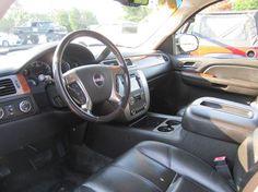 2007 #GMC #Yukon Xl SLT 1500 4dr SUV 4x4 w/4SA w/ 1 Package In Smithfield NC - Landmark Auto Inc.