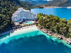 One of the most popular destinations in Turkey, Marmaris! 🏩🌅 Marmaris, Turkey Holidays, Ulsan, Grand Bazaar, Turkey Travel, Most Popular, Public Transport, Cool Places To Visit, Travel Guide