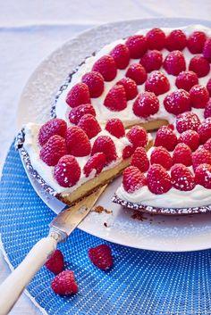 La tarte crémeuse aux framboises
