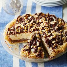 What a really yummy gooey peanut butter fudge pie to make that looks so good with the vanilla ice cream.. a fantastic pie