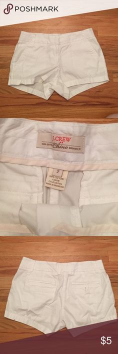 ❗️$5 Sale❗️ White J. Crew Shorts White J. Crew (factory) shorts size 2. Moving and need to clear out my closet, check out my other $5 items 😄 Bundle and save! J. Crew Shorts
