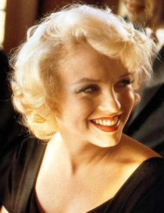 Extremely Rare Photos of Marilyn Monroe Marylin Monroe, Hollywood Stars, Classic Hollywood, Old Hollywood, Hollywood Glamour, Hollywood Actresses, Divas, Tres Belle Photo, Foto Portrait