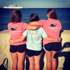 Does anyone know where I can get in of these shirts or any type if shirt like these? Preppy Southern, Southern Girls, Southern Style, Southern Prep, Preppy Girl, Preppy Style, Vinyard Vines, Prep Life, Preppy Outfits