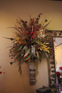 West Texas Abstract, everyday Floral goes Christmas with the Show Me Decorating touch! I have very tall walls so I might try this. Christmas Floral Arrangements, Faux Flower Arrangements, Christmas Tree Themes, Xmas Decorations, Holiday Centerpieces, Seasonal Decor, Fall Decor, Holiday Decor, Fall Wreaths