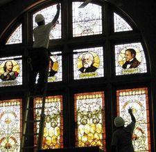 easy steps on removing stained glass paint from windows!