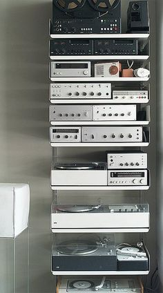 It's all Braun hi-fi on Vitsoe shelving. Designed by Deiter Rams (courtesy: Dave Dowding)