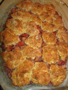 Rhubarb Cobbler Inspired by the Pioneer Woman Dessert Recipes Rhubarb Desserts, Just Desserts, Delicious Desserts, Baking Desserts, Rhubarb Ideas, Dessert Healthy, Dessert Salads, Summer Desserts, The Pioneer Woman