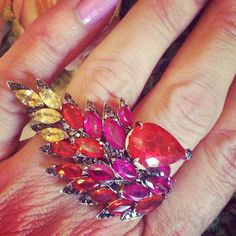 On fire with Stephen Webster @swjewellery fire opal and sapphire ring #stephenwebster #cocktailrings #opals #sapphires