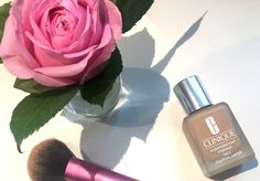 Review: Clinique Superbalanced Make-Up Teint #clinique #cliniquesuperbalanced #makeup #cliniquemakeup #cliniquegermany #cliniquedeutschland #beautyblogger #blogger #munichblogger #germanblogger #fashionblogger #beautyblogger #cliniquelipstick #cliniquefoundation #makeuptutorial #cliniquereview #review #beauty