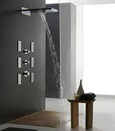 Love the design of this modern shower. Minimalist Bathroom Design, Minimalist Design, Douche Design, Modern Shower, Shower Systems, Shower Remodel, Interior Exterior, Interior Design, Bathroom Interior