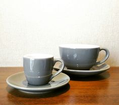 Manhattan grey in two sizes, espresso cup and bowl cup by Akrabi Coffee.
