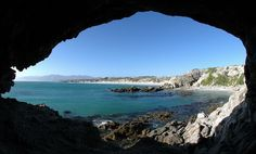 Whale Song Lodge: an exclusive guest house close to Hermanus in Gansbaai, de Kelders - South Africa. Enjoy some of the most beautiful beaches South Africa has to offer. Most Beautiful Beaches, Beautiful Places, I Love The Beach, Aqua, Teal, Turquoise, Touring, Places Ive Been, South Africa