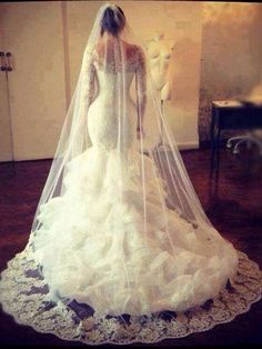 modabridal.co.uk SUPPLIES Customized Hourglass Button Trumpet/Mermaid Church Elegant & Luxurious Lace Natural Off-the-Shoulder Wedding Dress WEDDING DRESSES