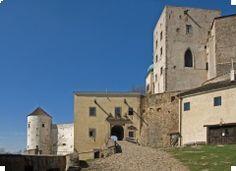 ČR, Castle Buchlov (the first half of the 13th century)