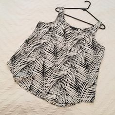 "BNWOT Tags.  Palm Blouse. Black & White Palm Print.  Brand new, never worn.  21"" across bust, 26""long Apt. 9 Tops Tank Tops"