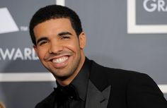 i seriously am so in love with this guy especially after seeing him live in concert tonight! <3 #Drake