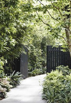 31 Unique Garden Fence Decoration Ideas to Brighten Your Yard - The Trending House Landscape Concept, Landscape Design, Landscape Architecture, Minimalist Architecture, Landscape Lighting, Path Design, Garden Design, Design Ideas, Fence Design