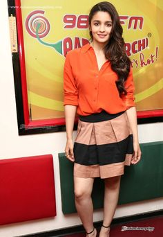 Alia-Bhatt-at-Radio-Mirchi-(3)