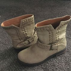 Boutique ankle boots - 8 Boutique bought ankle booties size 8. Tan color with bronze rivets all around top and side. Buckle around front. Super cute and comfortable. No brand I can see but way cute. Bought from a local boutique. Shoes Ankle Boots & Booties