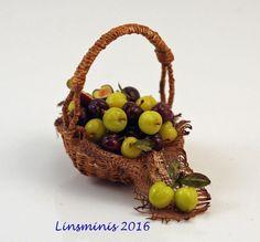 12th Scale Miniature ** Plum Basket **...IGMA Fellow #Linsminis