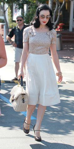 Dita Von Teese Photo - Dita Von Teese Leaving Fred Segal In West Hollywood