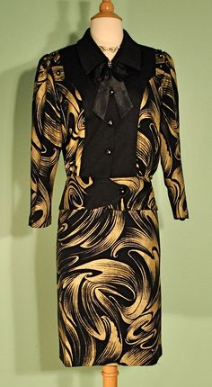 Vintage Womens Suit Dress in Black with Painted Gold - Very 1960s 1950s Secretary Mad Men Style - Pencil Skirt and Matching Jacket - Pinup