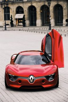 """DEZIR is the beginning of a new story. It embodies the first step in a life-cycle. #DEZIR was designed to symbolise the moment of """"love at the first sight"""" which starts off all relationships. #renault #design #love"""