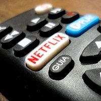 Are you tired of that annoying Continue to watch message on Netflix? Check out our simple guide to see how to get rid of it once and for all. Netflix App, Watch Netflix, How To Get Rid, How To Remove, Cura Diabetes, Messages, Mousse, Tired, Simple