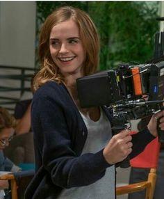 Emma Watson Fan, Photo Emma Watson, Emma Watson Style, Emma Love, Emma Watson Beautiful, Bonnie Wright, Hermione Granger, Fangirl, British Actresses
