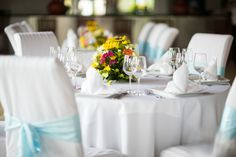 A mix of native flowers is an excellent choice for a tropical centerpiece. Tropical Centerpieces, Life In Paradise, Hotels And Resorts, Dream Wedding, Table Decorations, Weddings, Flowers, Home Decor, Homemade Home Decor