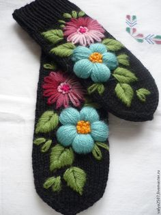 """Варежки, митенки, перчатки ручной работы. Ярмарка Мастеров - ручная работа. Купить Варежки с вышивкой """"Дуэт"""" Оптом (от 5ти пар) 800 руб. Handmade. #mittenS:-)"""