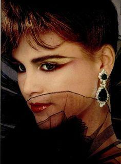 favourite 80\u0027s glamour shots · Maquillage Rubinstein, bijoux Van Cleef   Arpels, 1981. Se maquiller comme dans