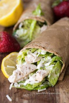 Grilled Chicken Caesar Salad Wraps make the perfect summer meal! Juicy chicken, crisp fresh lettuce with a creamy garlic parmesan dressing all topped off with a grilled garlic parmesan flatbread. Chicken Caesar Wrap, Grilled Chicken Caesar Salad, Pecan Chicken Salads, Chicken Pasta, Chicken Recipes, Pork Lettuce Wraps, Salad Wraps, Grilled Chicken Parmesan, Garlic Parmesan