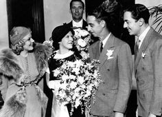 Jean Harlow was maid of honor, William Powell best man at the wedding of Edith Bresnahan and Warren Dearborn, Powell's stand-in. Hollywood Actor, Hollywood Celebrities, Hollywood Actresses, Classic Hollywood, Actors & Actresses, Hollywood Icons, Celebrity Wedding Photos, Celebrity Weddings, Jean Harlow