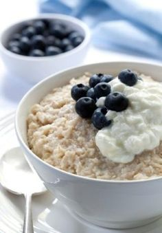 Essential Superfoods For Every Man's Diet - Oatmeal